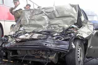 ДТП в Томске : Toyota попала под автобус ПАЗ - две молодые девушки погибли, еще трое травмированы (ФОТО)