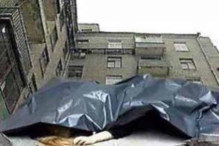 В минске погибла женщина с новорожденным, выбросившись с 7-г.